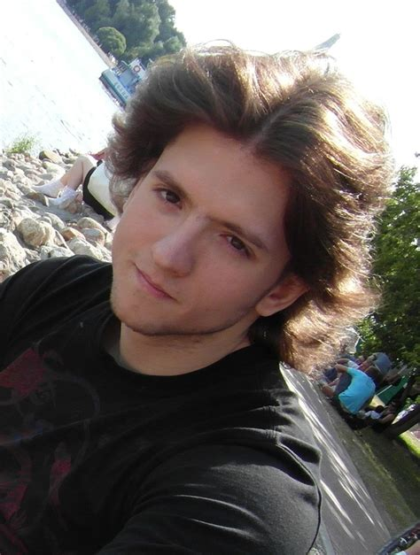 Mixed Russians | classify mixed russian guy