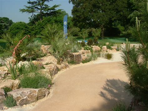 Seashore Gardens by Commercial Landscaping Portfolio The Royal Botanical