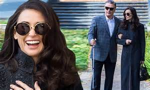 Demi Moore plays a woman in love on set of Blind with Alec ... Flood Relief Donations