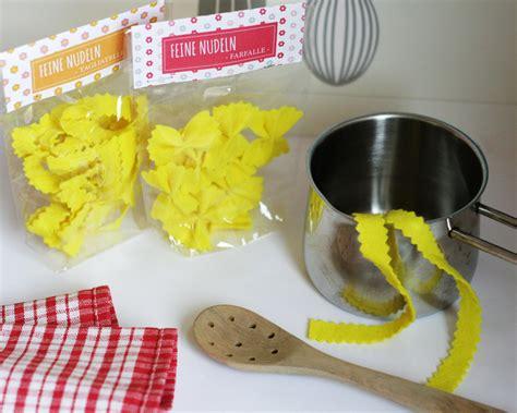 Basteln Mit Nudeln by Basteln Mit Nudeln Pasta F 252 R K 252 Che Und Kaufladen Inkl