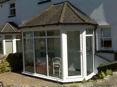 small sunroom sun rooms screened porches pinterest
