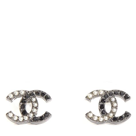A Black And White Affair At Chanel Jewelry Of Diamonds by Chanel Pearl Cc Earrings Black Silver 85777