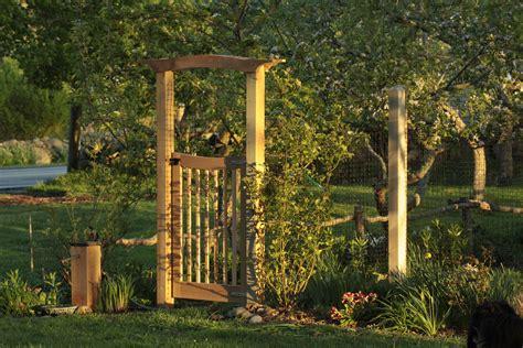 Veggie Garden Arch Arbor Gate For The Vegetable Garden Arbor Gate Garden