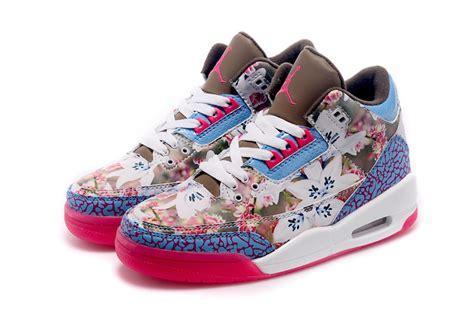 Sepatu Nike Free 50 Flowers W 2 s nike air 3 retro flower chocolate pink blue