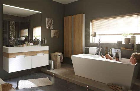 Beautiful Suite Parentale Moderne #2: Leroy-Merlin_Salle-de-Bains_Suite-parentale_Baignoire-Meuble.jpg
