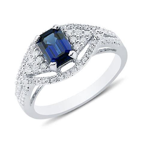 enchanting emerald cut sapphire gemstone