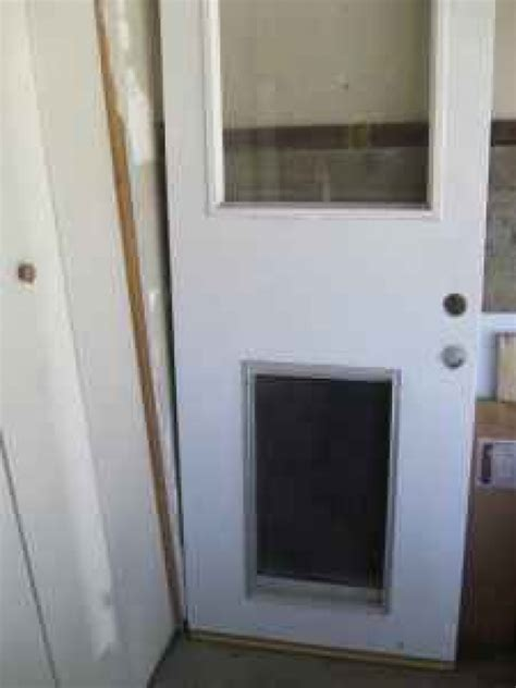 Exterior Doors With Pet Doors Exterior Door Fixed Glass Door In Los Angeles Ca 90066 Diggerslist