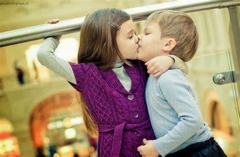 wallpaper of cute kissing couple hdwallpapersx cute hug kid couple kiss litle pups