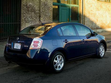 sentra nissan 2009 fuel sipper faceoff 2009 compact sedan comparison