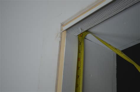 Garage Door Side Seals by How To Install Garage Door Weather Stripping Garage Door