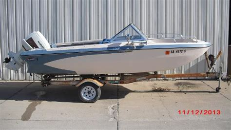 glastron runabout boat glastron 176 bowrider runabouts used in rock island il