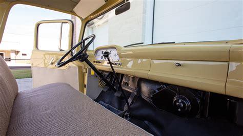 ford   ton pickup