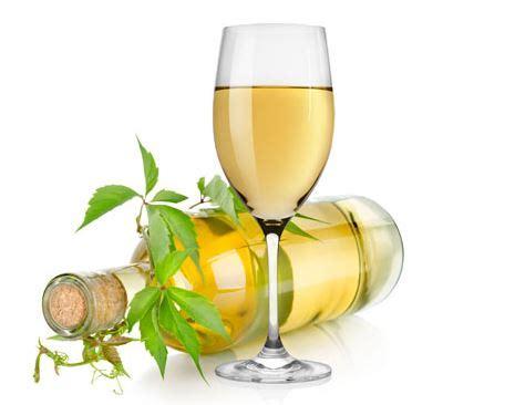 bicchieri vino bianco quando il pesce di paranza diventa l arte gusto nella