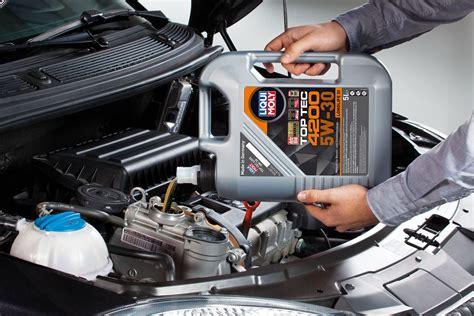 benzinli ve dizel motorlar icin gueclendirilmis sentetik