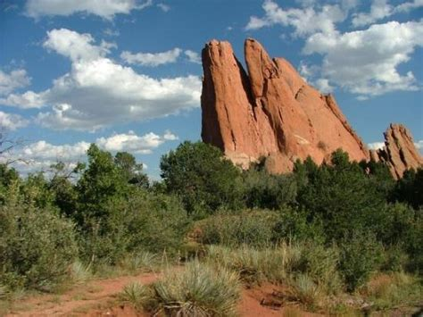 The Kissing Camel Rock Formation At The Garden Of The Gods Garden Of The Gods Rock Formations