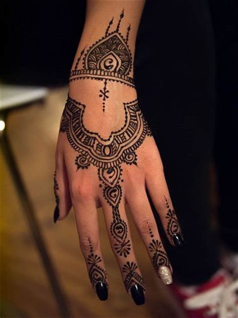 get a henna tattoo best 25 henna ideas on henna