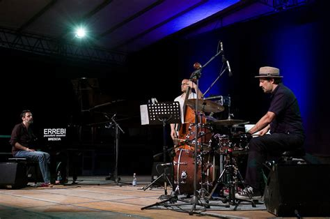 Ugf Banca Sede Legale by Jazz On The Road Brescia