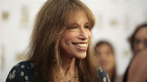carly hairstyl wideo carly simon reveals who inspired you re so vain fox news