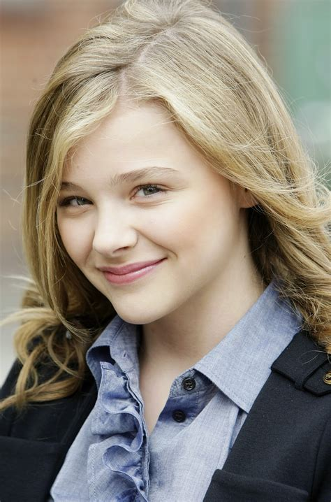 chloe movie pictures chloe grace moretz pictures gallery 14 film actresses