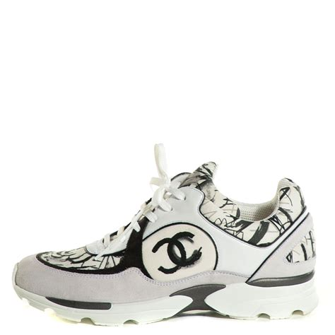 chanel sneakers chanel suede calfskin cc sneakers 39 5 white black 105747