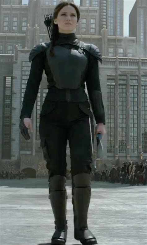 the hunger games katniss everdeens mockingjay suit 5 the hunger games mockingjay part 2 clothes fashion and
