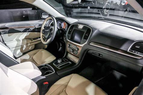 interior chrysler 300 2015 chrysler 300 look photo gallery motor trend