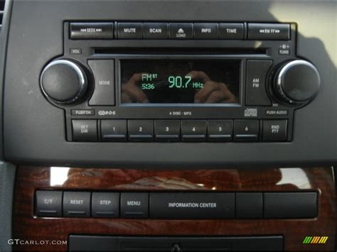 Jeep Grand Stereo 2007 Jeep Grand Limited Audio System Photo