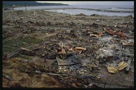 fotos tsunami de jap 243 n cuatro a 241 os despu 233 s galer 237 a de show event ngdc natural hazard images ngdc noaa gov