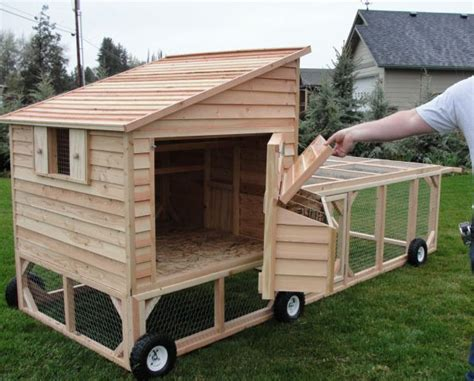 portable chicken coop portable chicken coop plans free woodworking projects plans