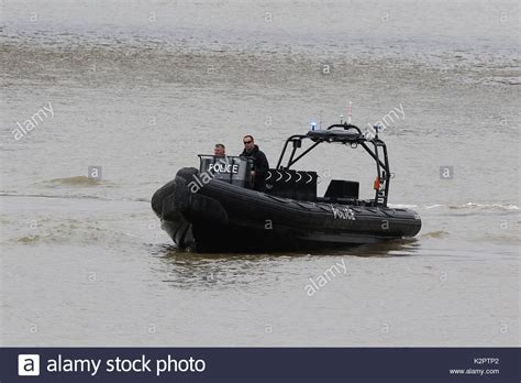 river thames inflatable boat police marine unit stock photos police marine unit stock