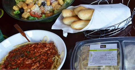 olive garden 2 for 1 olive garden buy one take one offer is back two entrees only 12 99 hip2save