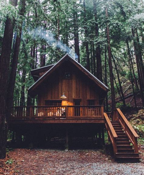 wooden log cabin best 25 forest cabin ideas on cabanas cabins