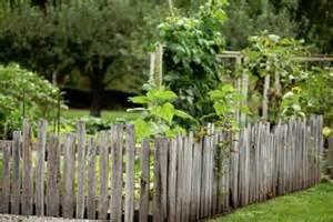 Cheap Garden Fencing Ideas 6 Inexpensive Ideas For Garden Fencing Doityourself