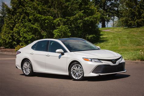 toyota camryu toyota sees new styling identity with 2018 camry