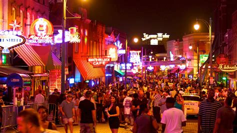 Beale Street   Memphis, Tennessee Attraction   Expedia.com.au