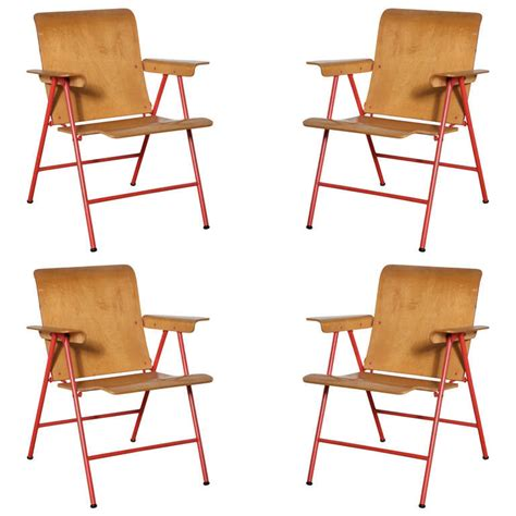 Folding Chairs Set Of 4 by Set Of 4 Wright Samson Folding Chairs At 1stdibs