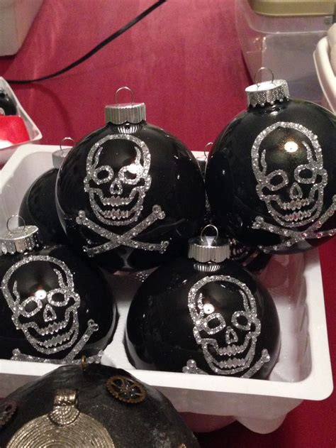 skull ornaments goth christmas pinterest