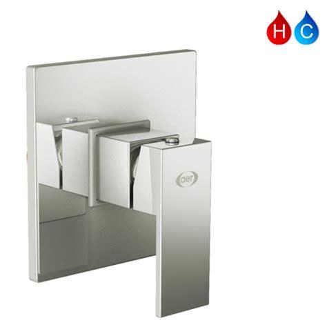 Wall Shower Shower Tanam Shower Tembok Kotak Minimalis 10x10 Cm aer bundling kran tanam shower panas dingin ssv 01 wall shower ws 12 fr grosirkranair