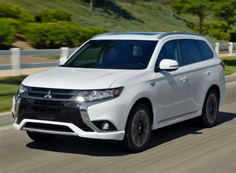 Mitsubishi Outlander 2020 Review by 77 New 2020 Mitsubishi Outlander Commercial Ratings