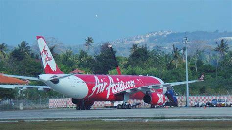 airasia bandung bali terhitung 1 agustus airasia resmi tutup rute pekanbaru