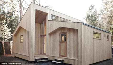 flat pack homes a real diy the flatpack house you can build yourself daily mail