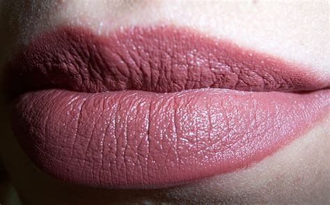 nars lipstick review  life  lacquer