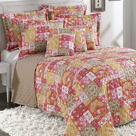 Coral Quilt by Kendall Coral Quilted Bedspread Bedding
