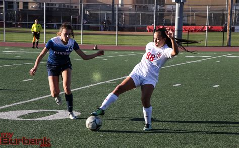 cif southern section girls soccer burroughs girls soccer edges past brentwood 1 0