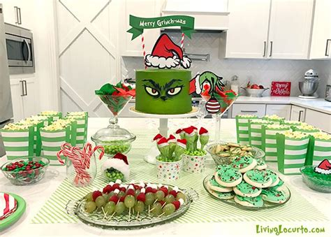 grinch themed adorable grinch cake and grinch ideas