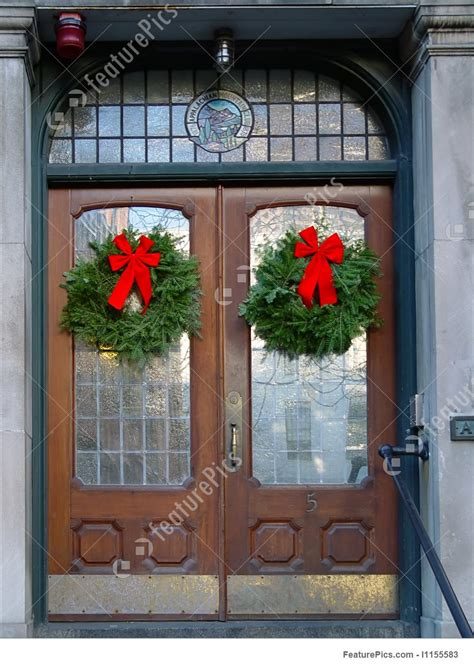 Picture Of Christmas Wreaths On Double Doors Free Clip Art Christmas Words