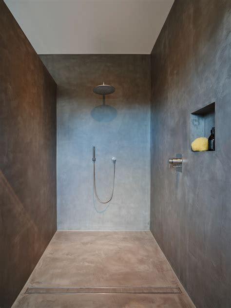 Rustic Farmhouse Bathroom - penthouse dusche betonoptik fugenlos duschrinne modern bathroom frankfurt by