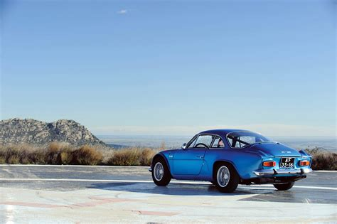 alpine a110 wallpaper 1972 75 renault alpine a110 1600s classic wallpaper