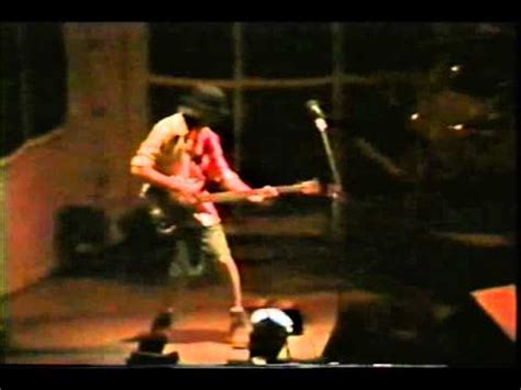 primus many puppies primus many puppies master of puppets live west palm florida 1995