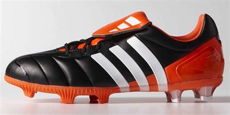 Bola Adidas Predaror 2018 Original pack four iconic 2014 adidas predator remakes